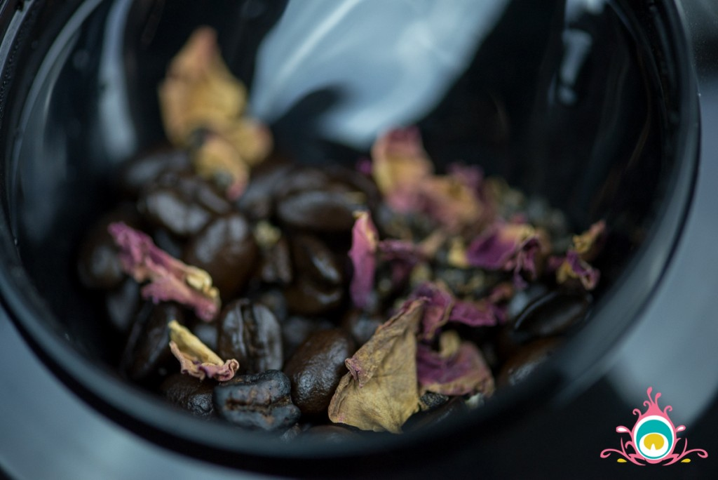 cardamom and rose coffee
