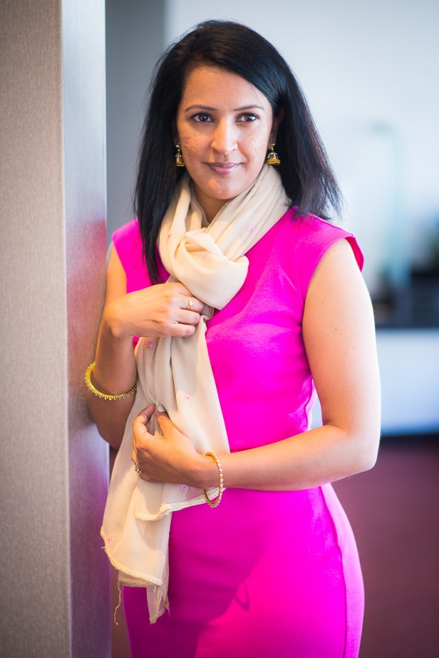 dupatta as a scarf, tips and ideas, pink chai living