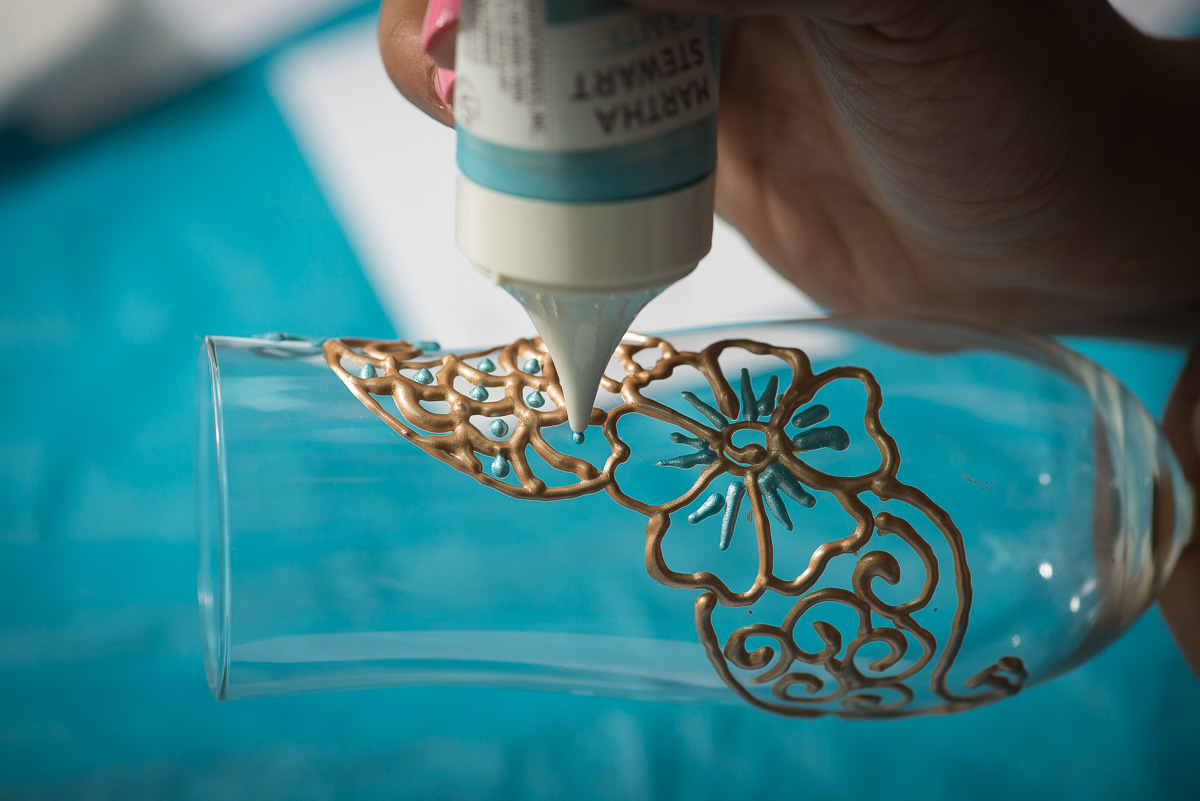 henna champagne flute diy, pink chai living