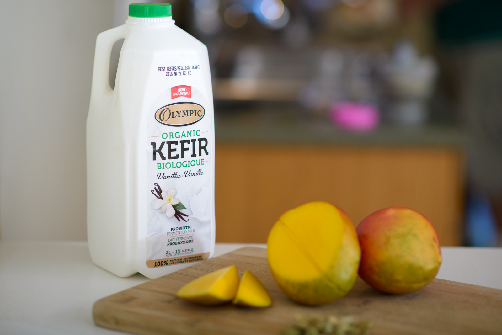 mango lassi with kefir