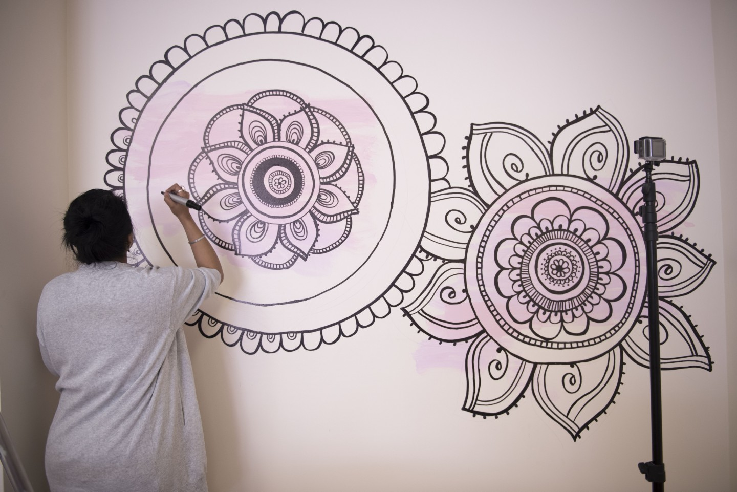 DIY Mandala Wall Art | With a Sharpie and no stencils!