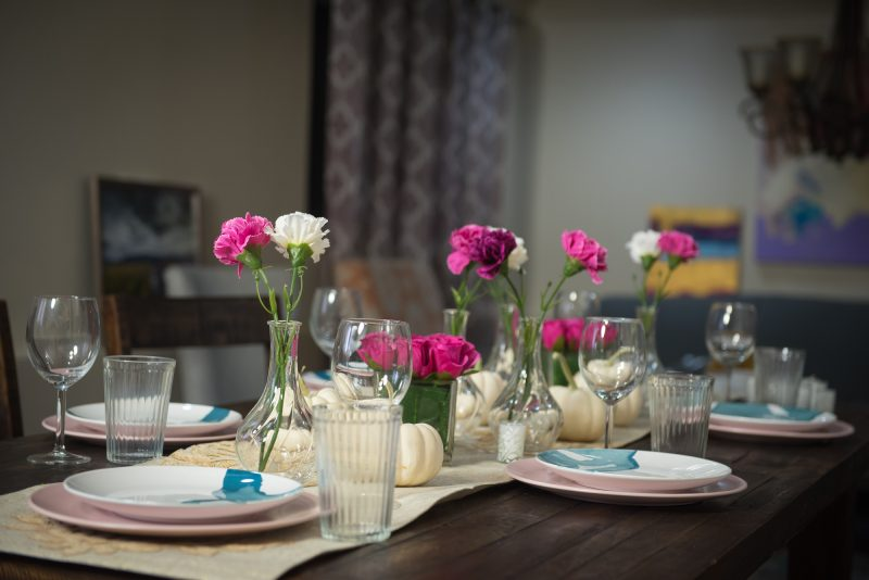 friendsgiving decor, thanksgiving tabletop pink