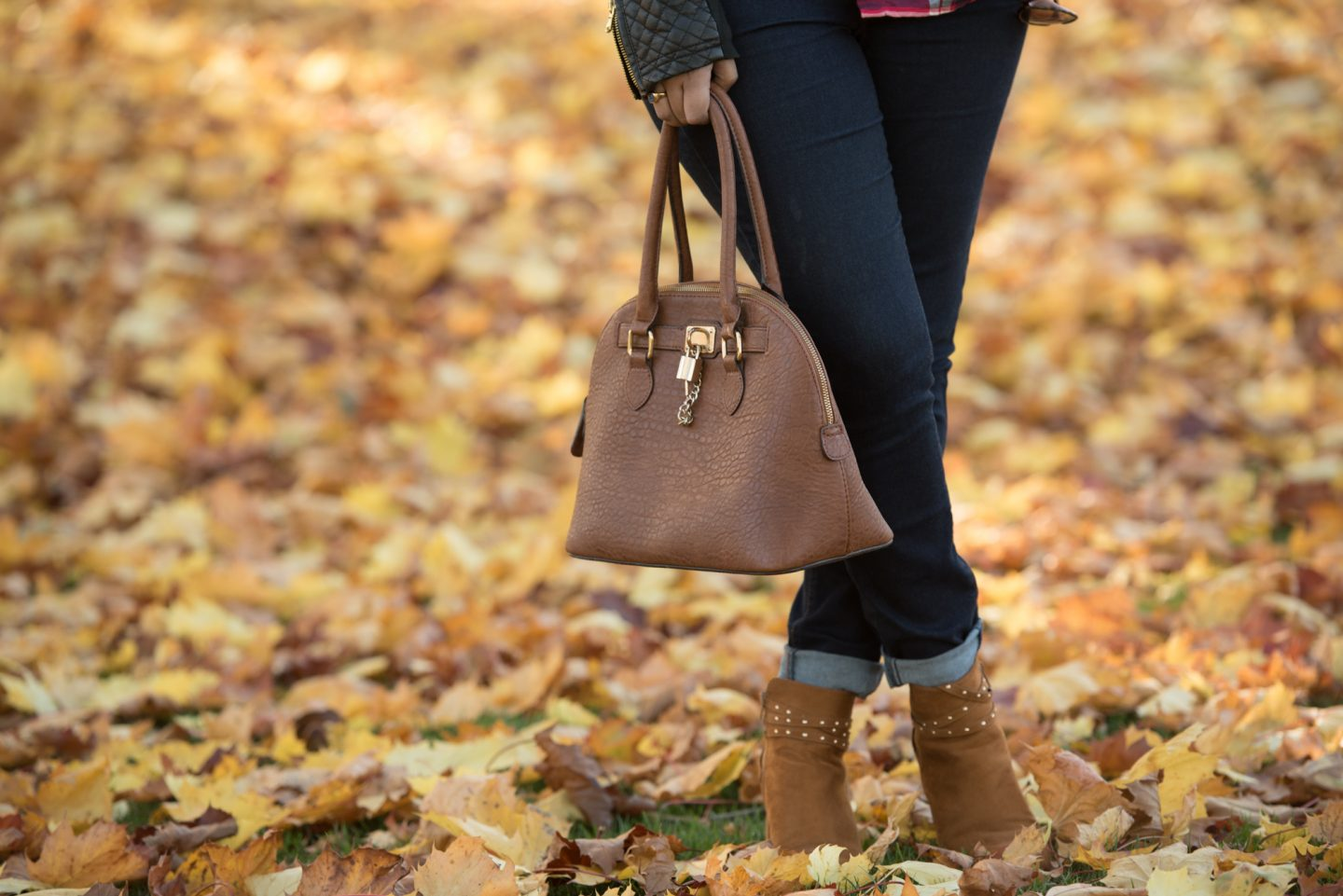 matching bag and shoes, quick outfit update, pink chai living