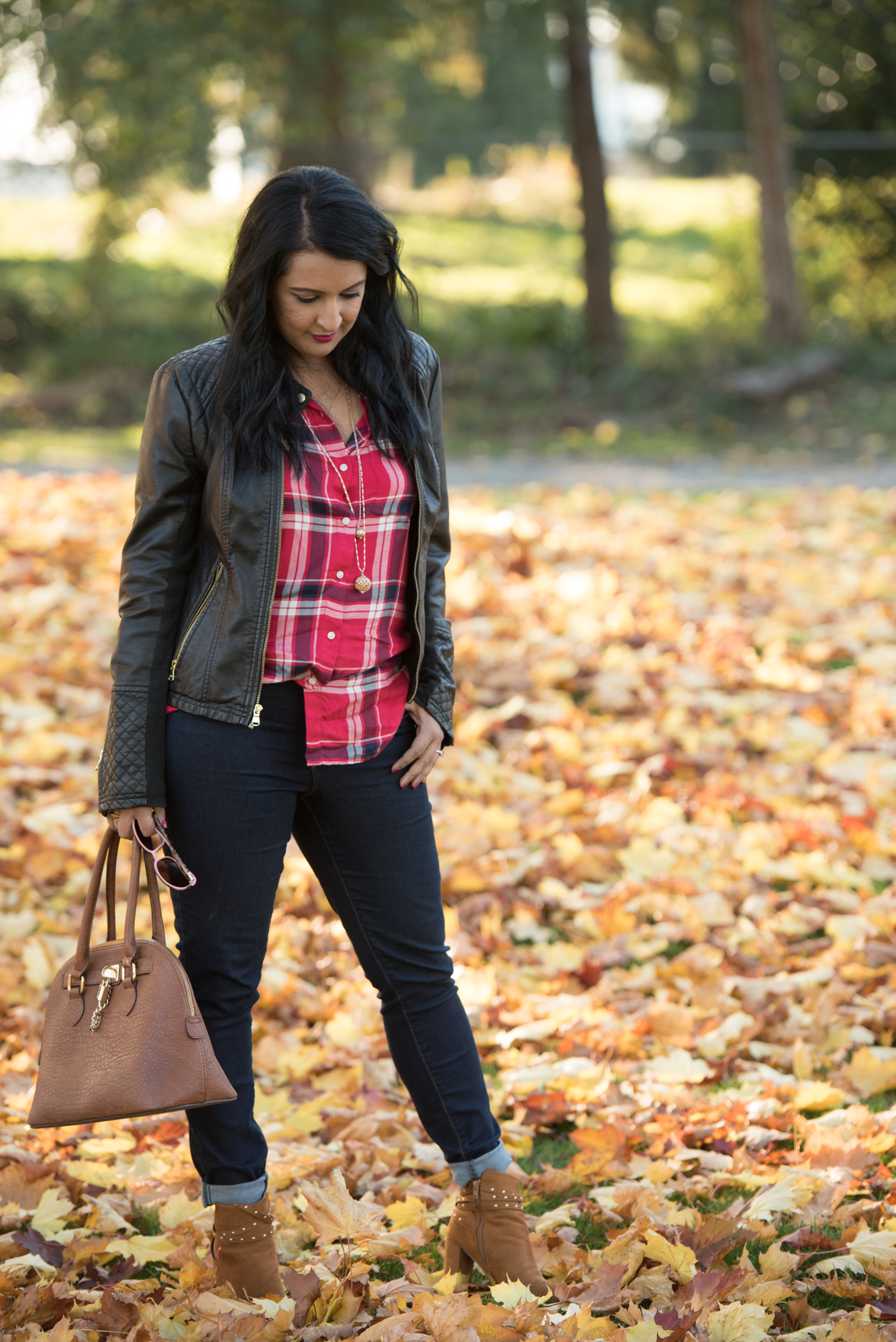 30 for 30 remix: pink chai living. Fall outfit, jeans and plaid shirt